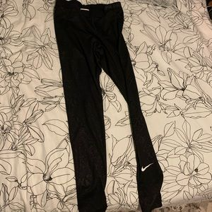 Nike Pants - Nike Pro dri-fit thermal leggings